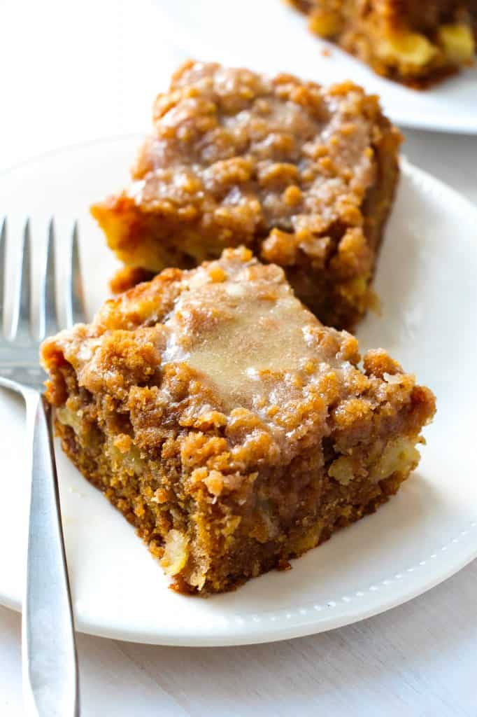 Oatmeal Apple Cinnamon Cake