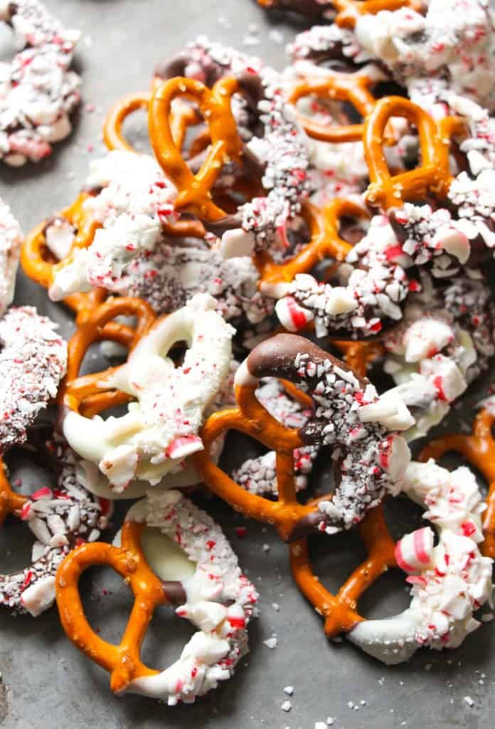 peppermint-bark-pretzels-8