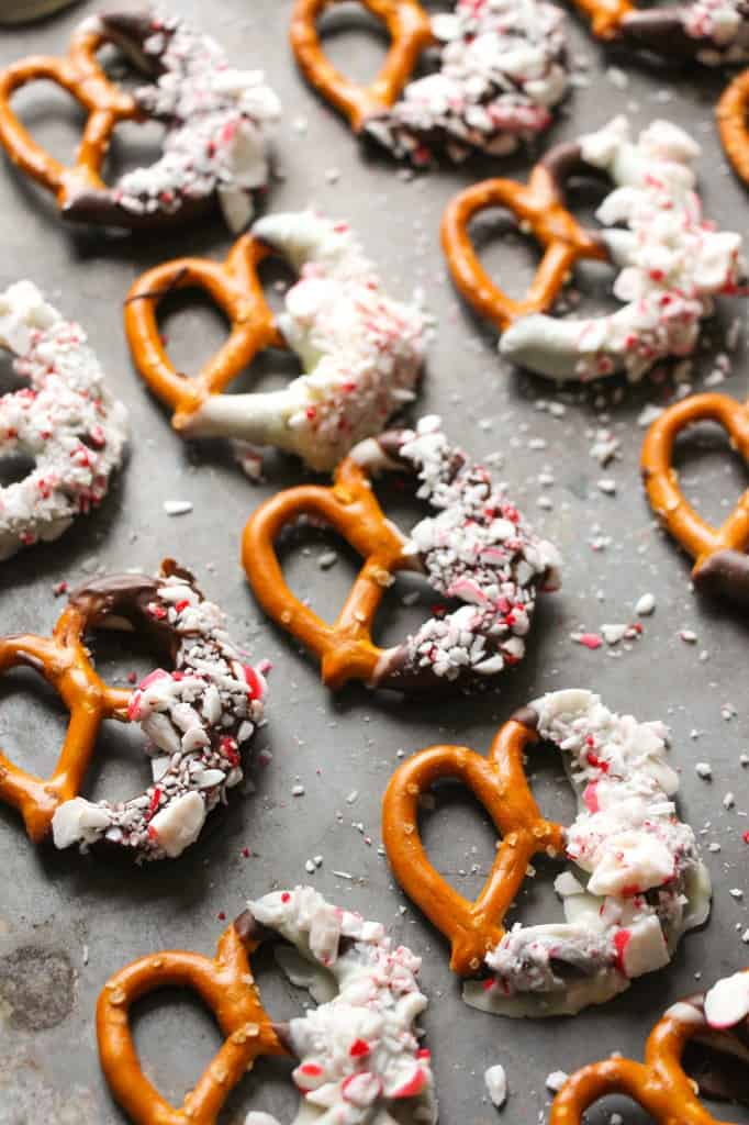 peppermint-bark-pretzels-4