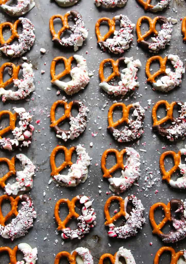 peppermint-bark-pretzels
